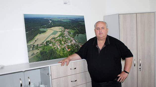 Starosta Lesního Hlubokého na Brněnsku Vladimír Ryšánek.