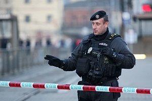 Policisté uzavřeli brněnské hlavní nádraží.