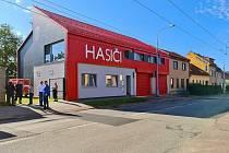 Zrekonstruovaná hasička v brněnské Slatině.