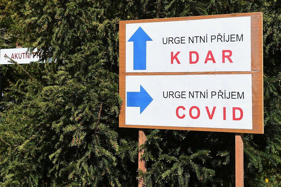 Laboratoře Dětské nemocnice v Brně, kde se testují vzorky na nemoc Covid-19.
