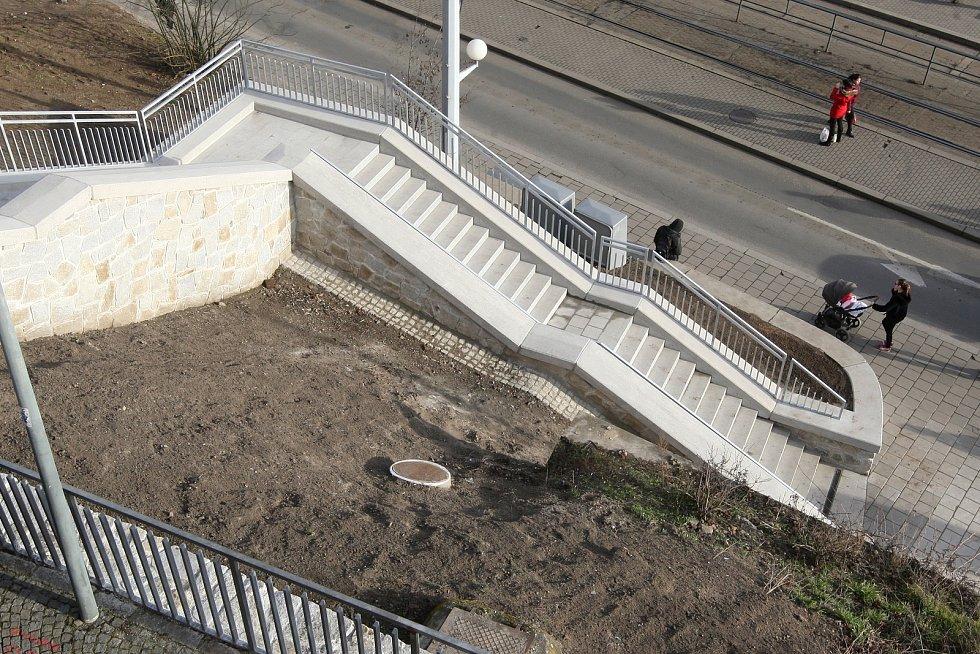 Otevření schodů mezi ulicemi Bašty a Nádražní v Brně.