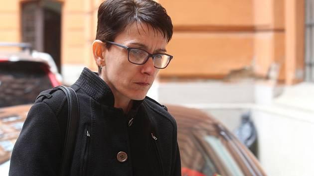 Jiřina Bednářová u Krajského soudu v Brně