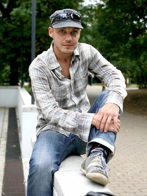Jiří Miroslav Valůšek by se měl v novém angažmá v HaDivadle podílet na všech premiérách příští sezony.