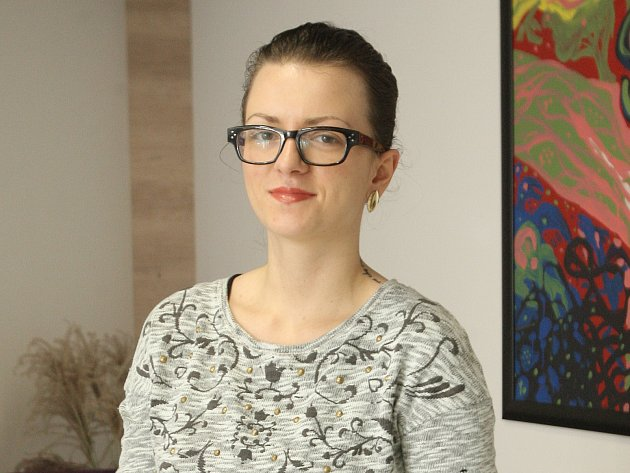 Dvaadvacetiletá Šárka Václavíková z Brna chce s dalšími dvěma kolegy pomoct změnit náladu v české společnosti.