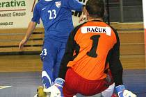 Futsalista brněnského Tanga Jan Havel (v modrém).