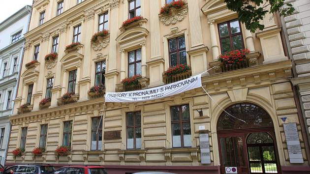Dům, ve kterém žil básník Ivan Blatný.