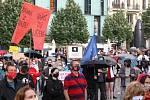 Brno 9.6.2020 - demonstace Milion chvilek na brněnském náměstí Svobody