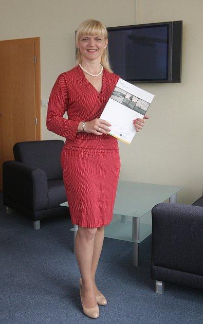 Manažerka Marta Valešová je ředitelkou Úřadu Regionální rady Jihovýchod, který rozděluje dotace vJihomoravském kraji a na Vysočině.