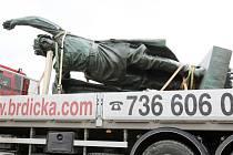 Jeden ze symbolů Brna se po zrestaurování v úterý vrátil zpět do města..