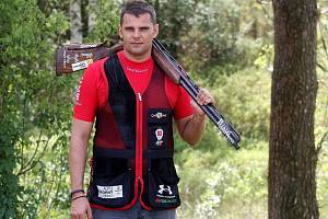 Brokový střelec David Kostelecký.