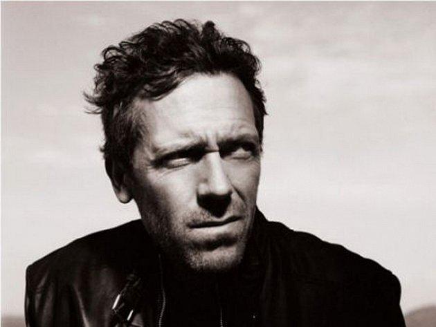 Hugh Laurie vystoupí v Brně.