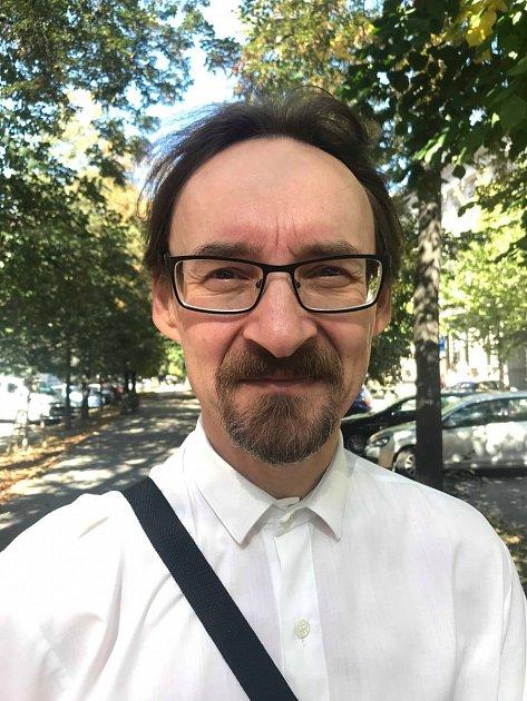 Jiří Pospíšil, 50let, Brno, technik.