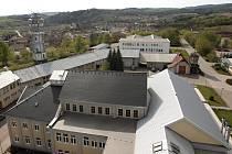 Vyhlídka z vrcholku těžní věže je jedno z lákadel nově vybudovaného parku v Oslavanech.