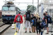 V Brně kvůli opravě viaduktu v Křenové ulici začala největší výluka v novodobé historii brněnského hlavního nádraží.