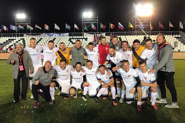 Už jen poslední krok chybí české reprezentaci v malém fotbalu k vytouženému úspěchu.