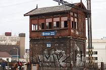 Historická stavědla z konce 19. století se bourat nebudou. Nutnost úpravy projektu se může projevit na délce výluky na brněnském hlavním nádraží.