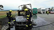 Požár dodávky u Pustiměře.