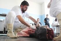 Netradiční pitvy se zúčastnili nejenom odborníci Masarykovy i veterinární univerzity, ale také studenti. Organizátoři tak chtějí k biologii a příbuzným vědním oborům přilákat mladou generaci.