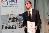 Na internetu v současné době číhá celá řada hrozeb. O to, aby byly počítačové sítě bezpečnější, se snaží FlowMon Networks. Brněnská firma ve středu zvítězila v letošním ročníku soutěže Nejinovátor Jihomoravského kraje.