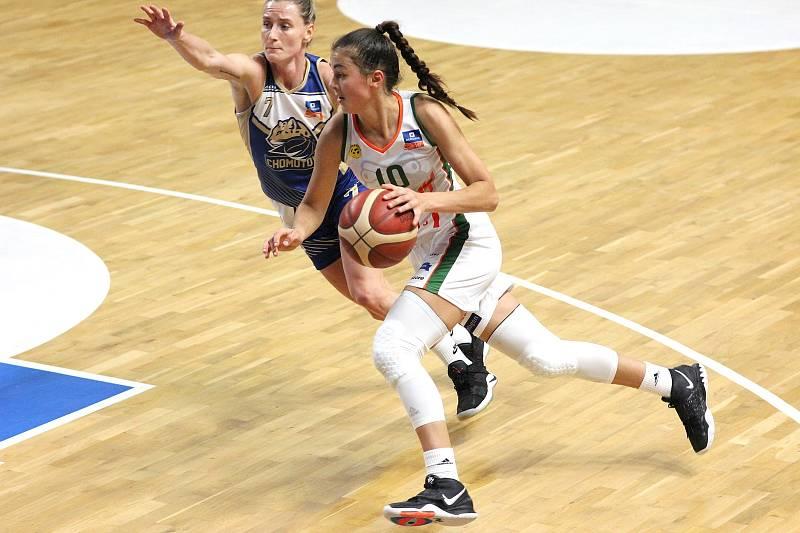 Basketbalistka brněnských Žabin Eliška Hamzová patřila v minulém sezoně k nejvíc vytěžovaným hráčkám týmu.