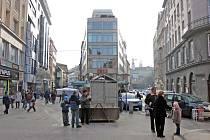Sonda v ulici České odhalila zbytky staré brány.