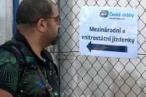 Nejen zahraniční turisté mohou být po příjezdu vlakem do Brna nepříjemně zaskočeni