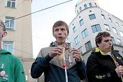 Sníst rohlík za méně než minutu. Ve splnění takového úkolu spočívala soutěž, která se konala v uplynulých týdnech Brně.