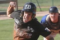Nadějný baseballista Adam Hajtmar.