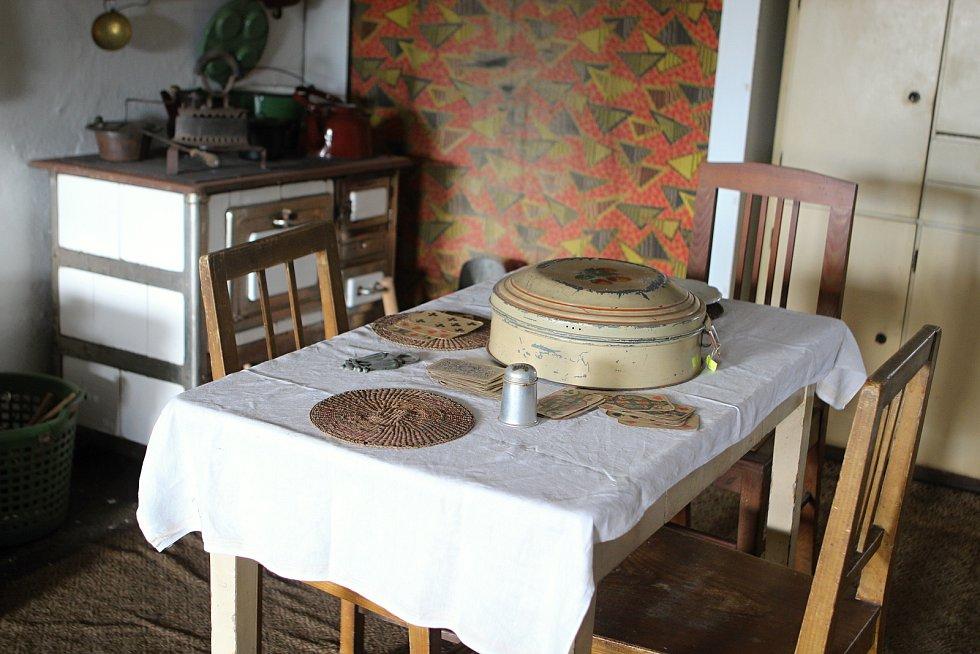 Novou turistickou sezonu zahájilo v sobotu brněnské Retro muzeum Na Statku. Mezi novinkami jsou i potraviny ze sedmdesátých a osmdesátých let minulého století.