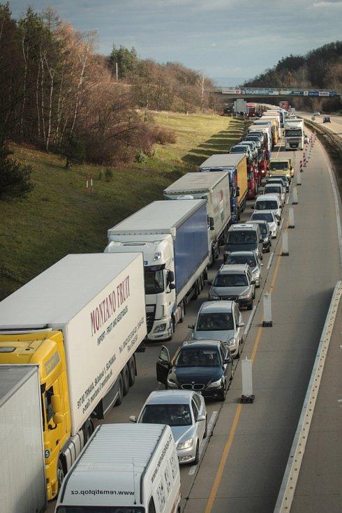 Nehoda uzavřela dálnici D1 u Brna. Ilustrační foto.
