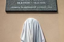 Pomník Ernsta Macha