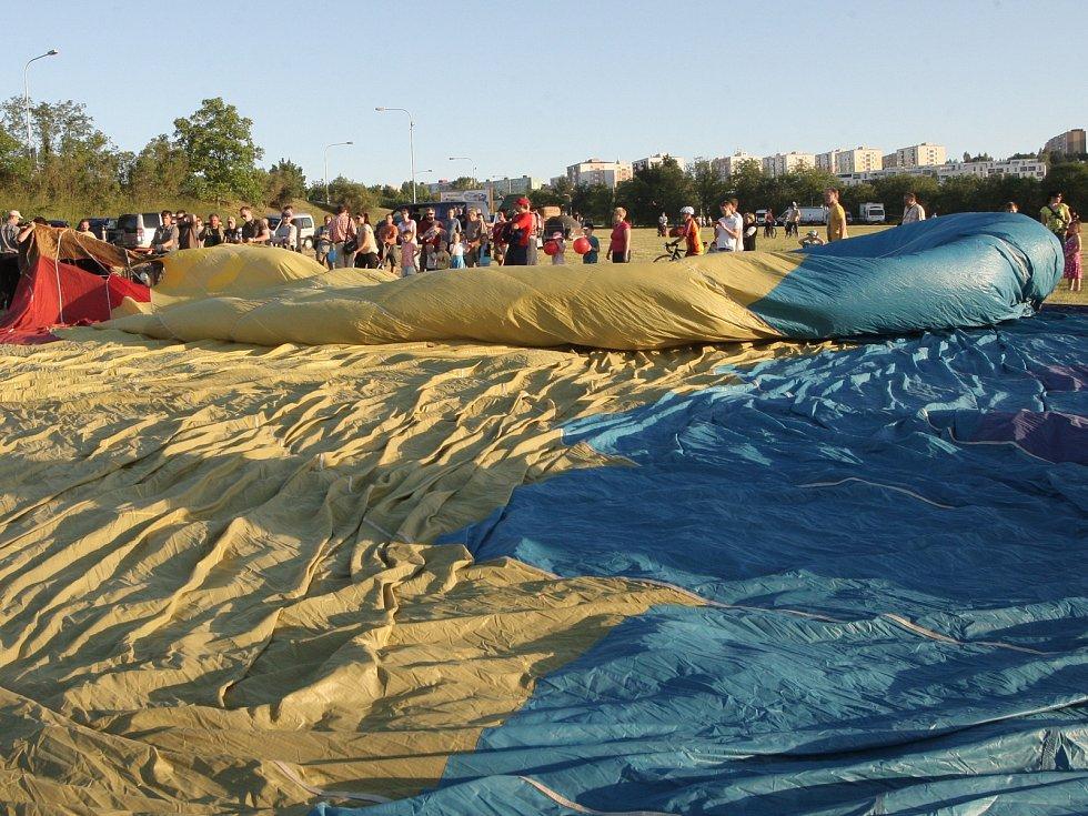 Letos při Balloon Jamu v Brně balóny nevzlétly. Kvůli slabému větru.