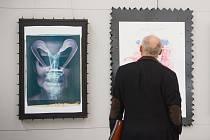 Sentenced to Death neboli Odsouzeni k smrti. Plastiky výtvarníka Bořka Šípka věnované osmi historickým osobnostem, které byly odsouzeny k smrti a poté popraveny, ve čtvrtek u příležitosti Dne signmakingu představila brněnská Adam Gallery.