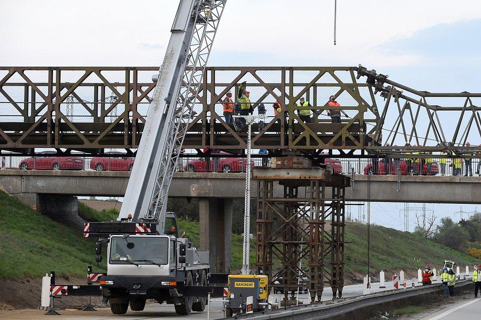 Stavební práce na dálnici D1 u Brna, ilustrační foto.