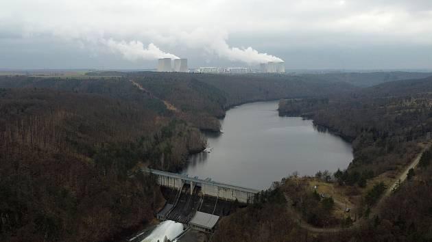 Vodní dílo Dalešice je zásobárnou technické vody pro nedalekou Jadernou elektrárnu Dukovany.