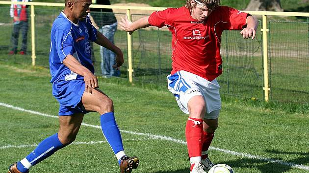 Radim Vlček (vpravo) coby fotbalista.