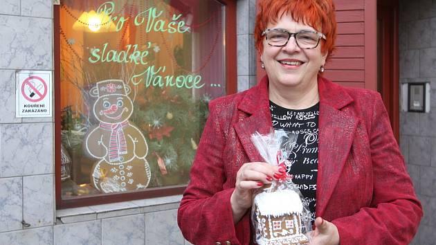 Majitelka cukrárny Pusinka Jarmila Křížová.