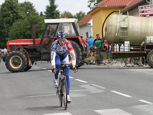 Cyklistky v souboji s dopravním provozem.