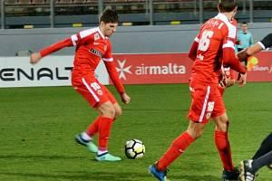 Ani domácí celek nevyzrál na brněnské fotbalisty. Zbrojovka po dvou výhrách ve Final Four zimní Tipsport ligy zdolala na maltském soustředění rovněž druhý celek tamní nejvyšší soutěže Hibernians 3:1.