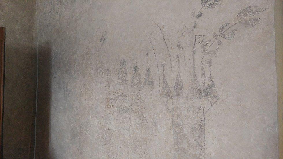 Prohlídka unikátních prostor takzvané klenotnice Augustiniánského opatství na Starém Brně. Klenotnici poprvé zpřístupní lidem. Dva roky ji zkoumali a restaurovali památkáři.