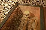Slavnostní otevření brněnské kostnice pod kostelem svatého Jakuba.