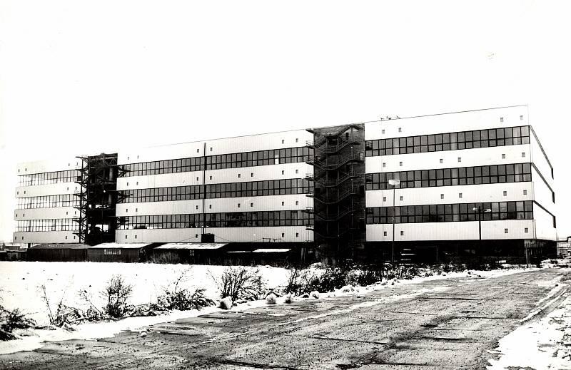 Areál textilní továrny Mosilana vznikl ve čtyřicátých letech minulého století vyčleněním z Moravskoslezských vlnařských závodů. Ke konci sedmdesátých let měla čtyři závody, z toho dva na území Brna.