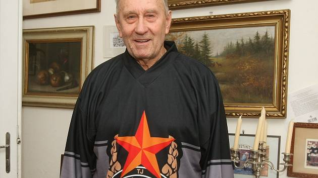 Bývalý hokejista Komety Karel Šůna.