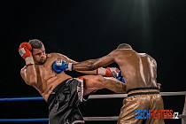 Brněnský thajboxer knokautoval Francouze Abderahmaneho Coulibalyho.