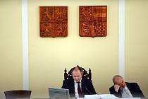 Jednání rady jihomoravského kraje.