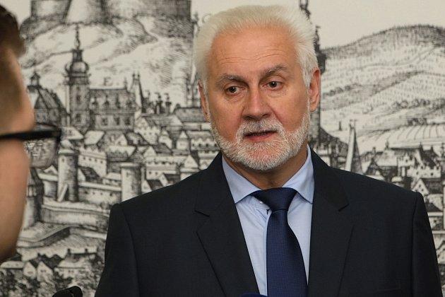 Říjnové krajské volby vyhrálo ANO. Vlistopadu se jeho lídr Bohumil Šimek stal hejtmanem.