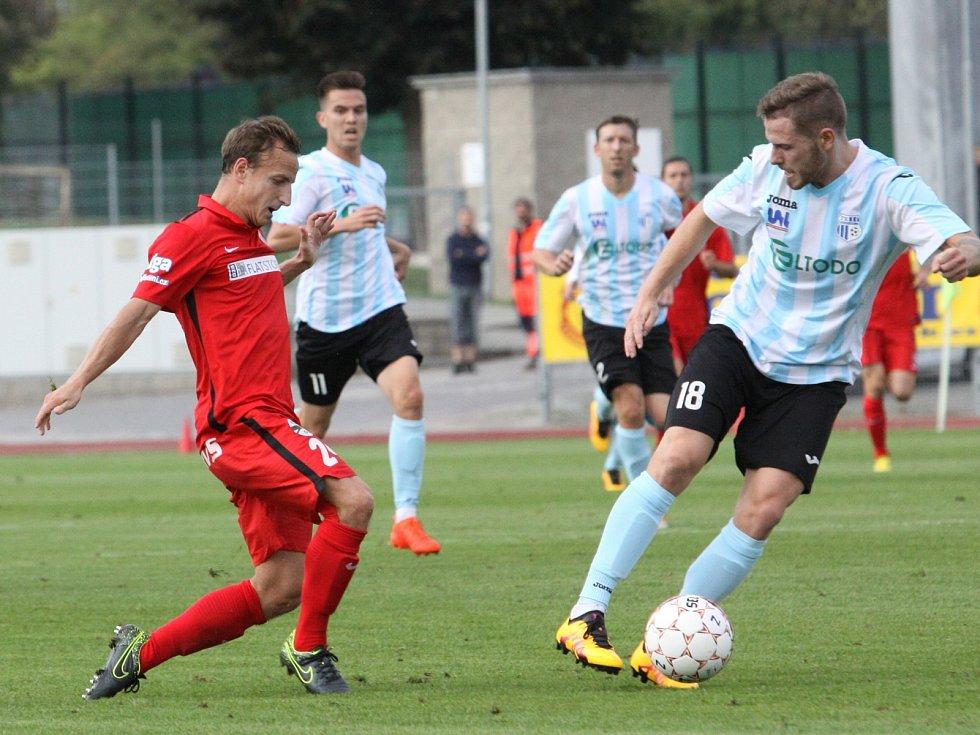 Jednoznačně vyhráli, i když úvodní minuty tomu nenapovídaly. Fotbalisté brněnské Zbrojovky se dostali v Mol Cupu mezi šestnáct nejlepších týmů. Ve středu ve třetím kole zvládli duel na hřišti druholigového Ústí nad Labem.