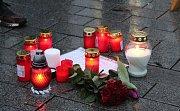 Lidé si na náměstí Svobody připomněli úmrtí Kuciaka.