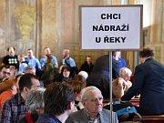 Jednání zastupitelstva města Brna. Politici jednají o svém stanovisku k poloze hlavního brněnského nádraží.