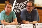 Představení groteskní černé komedie Hrůza v Brně.